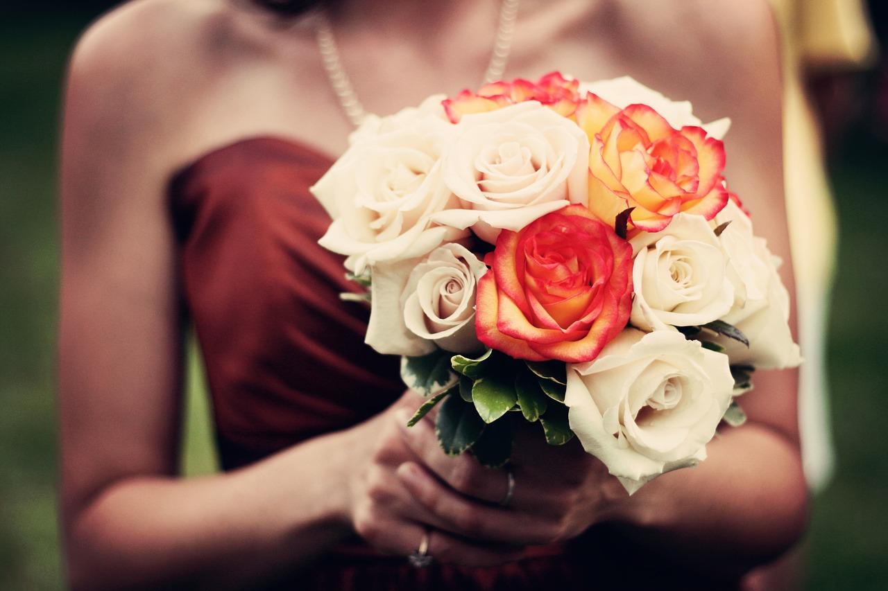 bouquet-bouquet-of-flowers-roses-1246307-1.jpg