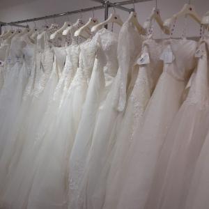 Robes de mariée blanche, ivoire, vente à domicile Lyon